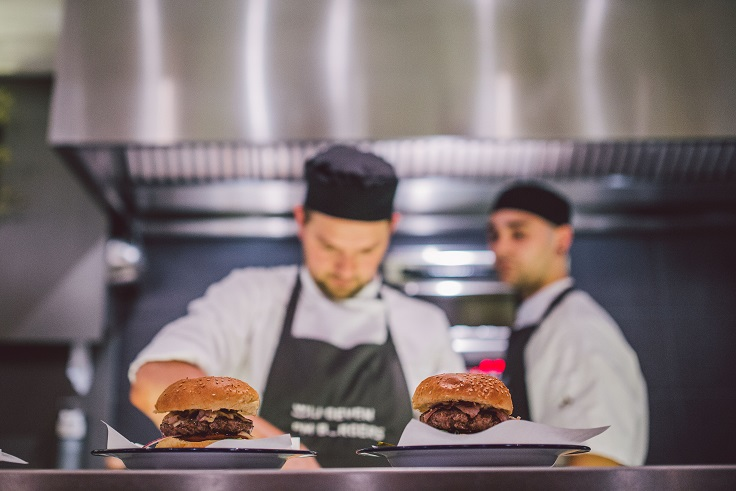 restaurant Wally hamburgers maken